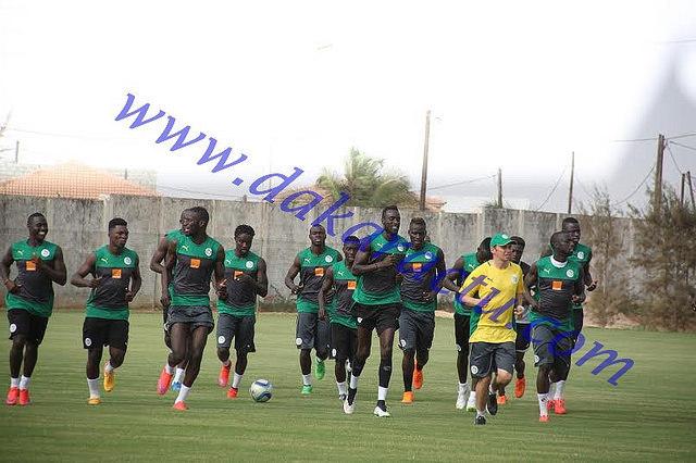 Demba Ba et Lys Gomis forfaits contre Burundi