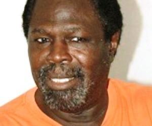 Oumou Wane Africa 7 a parlé, allez vous réfugier au lieu de faire face au danger pour le juguler !