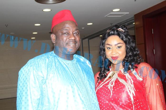 Anniversaire Alassane M'baye : Samy Thioune en compagnie d'une ravissante femme