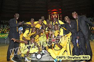Le DUC (garçons et filles), victorieux de la coupe du maire de Dakar