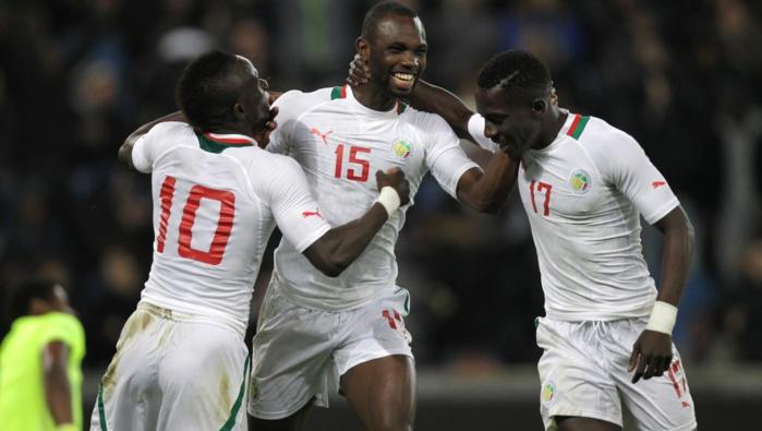 Victoire des Lions sur les Hirondelles, 3-1
