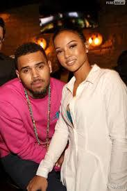 "Chris Brown tâcle en direct Karrueche Tran : ""Parle donc de ta carrière !"""