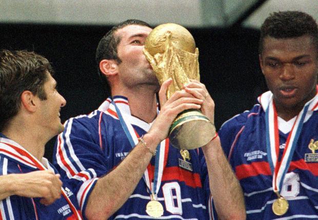 Zinedine Zidane lance un appel pour retrouver son maillot de la finale France-Brésil
