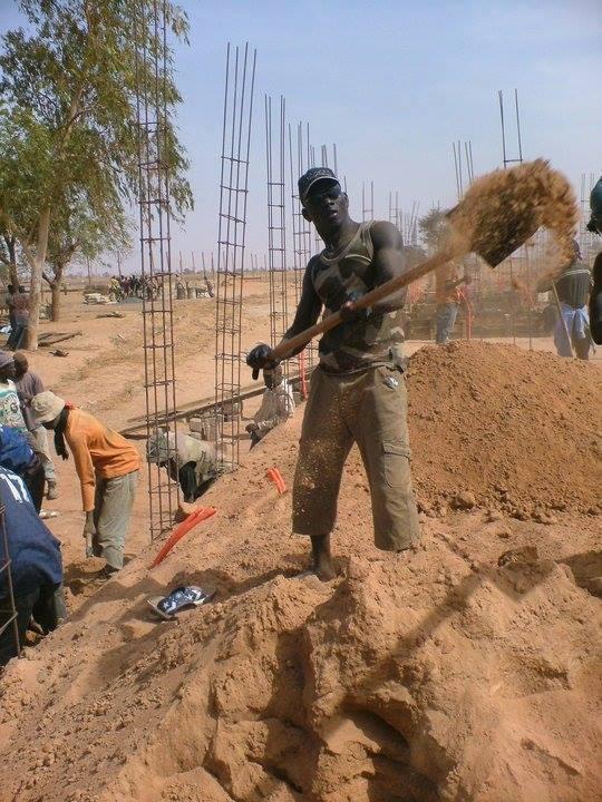 Mame Thierno Birahim M'backé : Quand le marabout se fait ...ouvrier!