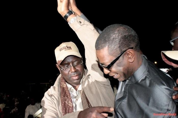 Laissés en rade par le ministre conseiller : Les jeunes de « Fekke ma ci bole » annoncent une manifestation contre Macky Sall et Youssou N'dour