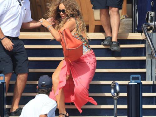 Mariah Carey se casse la figure sur un yatch