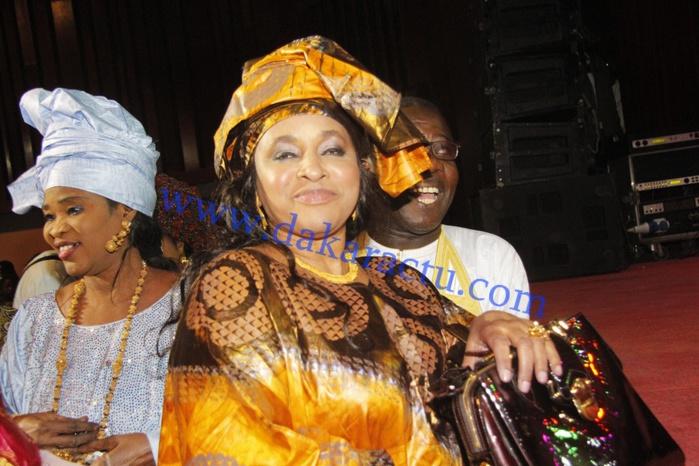 Affaire Thione Seck : Sa femme, Kiné Diouf, réclame ses 5 millions de francs CFA