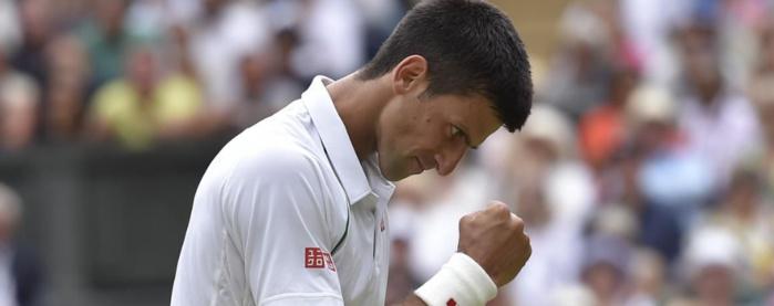 Novak Djokovic remporte le tournoi après sa victoire en quatre sets sur Roger Federer