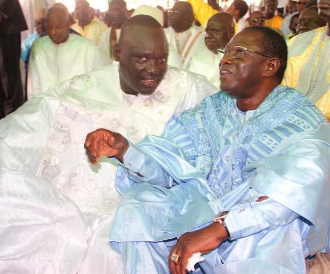"""Aïd El Fitr : Le patron de Dangote Sénégal, Serigne Aramine Mbacké, en compagnie de Pape Diop, le leader de """"Bokk Gis Gis"""",  à la mosquée Mazalikoul Jinnan"""