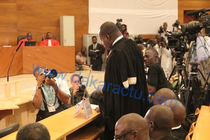 Le bâtonnier de l'ordre des avocats aux juges de Habré : « On vous surveille… »