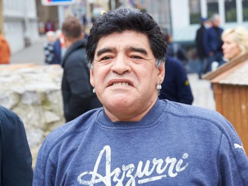 Maradona : 6 millions de dollars disparaissent, il accuse son ex-femme !