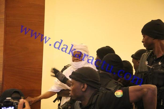 Hissène Habré se confie au sujet des avocats commis pour sa défense : « Dites-leur de ne pas venir me défendre! »