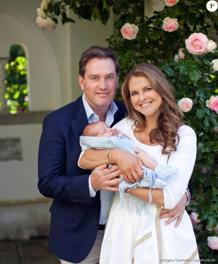 Princesse Madeleine : De nouvelles photos du prince Nicolas, âgé d'un mois