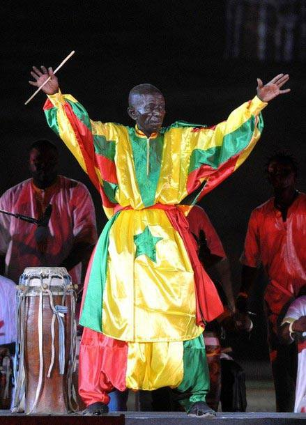 Doudou Ndiaye Rose, tambour major : Une odyssée tout en rythmes