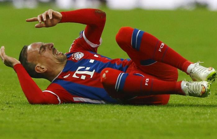 Non, Franck Ribéry ne peut toujours pas rejouer au football