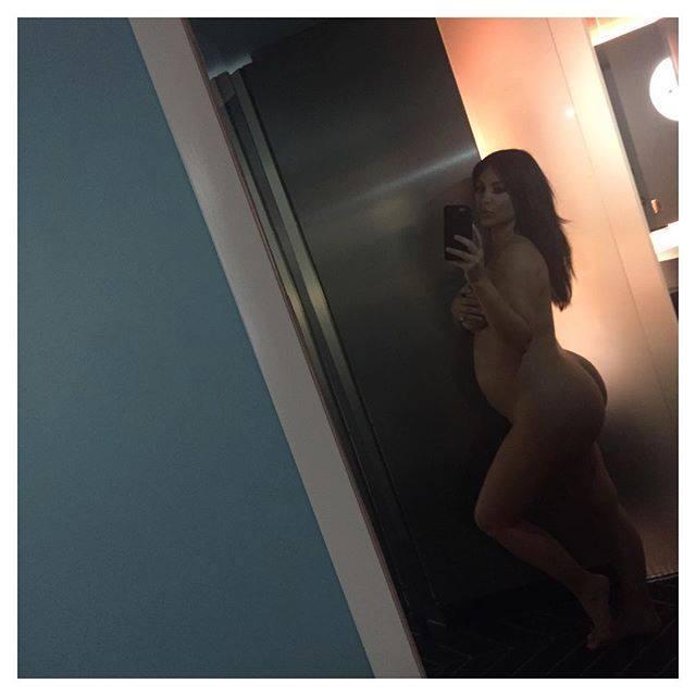 Enceinte de nouveau : Kim Kardashian publie une photo d'elle toute nue