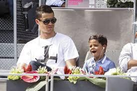 Cristiano Ronaldo lance sa propre marque de casque audio