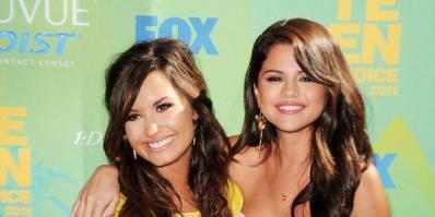 Les BFF sont de retour, Demi Lovato et Selena Gomez ont fait la paix et elles le PROUVENT ! #HAPPY