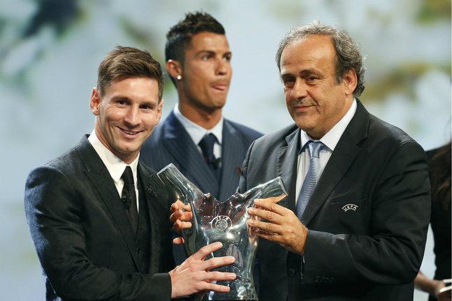 Lionel Messi, meilleur joueur européen de l'année : Toute l'amertume de Cristiano Ronaldo résumée en une photo après le sacre de son rival...