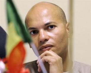 Les étudiants accusés de caillassage du cortège présidentiel ont reçu en prison les encouragements de Karim Wade
