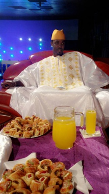 Cheikh Sarr : L'animateur vedette de la Zik FM et de Sen tv en mode « ndanane »