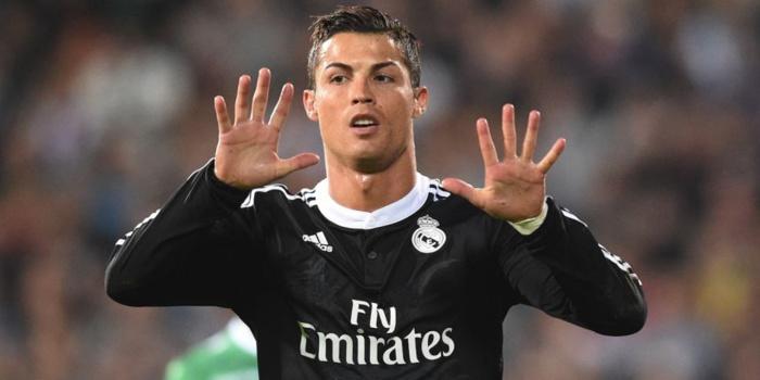 Mercato : le PSG fait une folie pour Cristiano Ronaldo, le Real claque la porte
