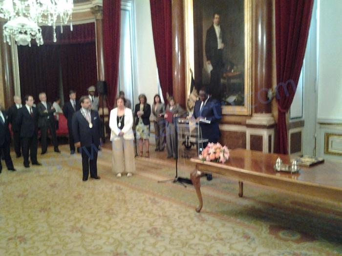 Le Président Macky Sall reçoit les clefs de Lisbonne des mains du Maire de la ville