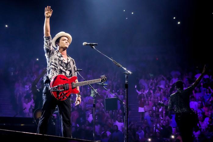 Bruno Mars encore au Super Bowl en 2016 ?