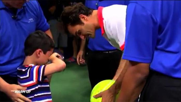US Open : Le geste classe de Federer envers un jeune garçon