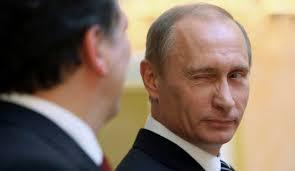 Homosexualité : Vladimir Poutine répond à l'appel d'Elton John !