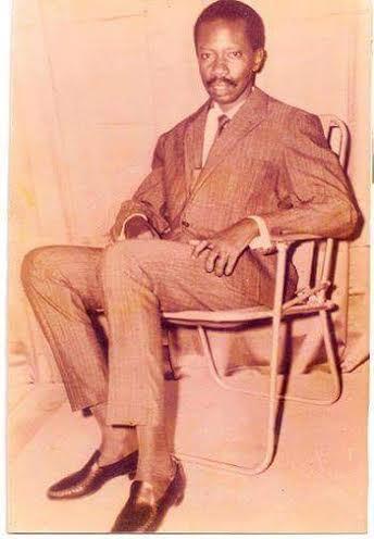 SOUVENIR : Cheikh Ahmed Tidiane Sy Al Maktoum du temps de sa jeunesse