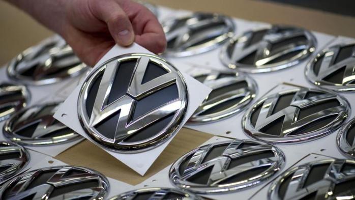 Scandale Volkswagen : l'Allemagne met la direction sous pression
