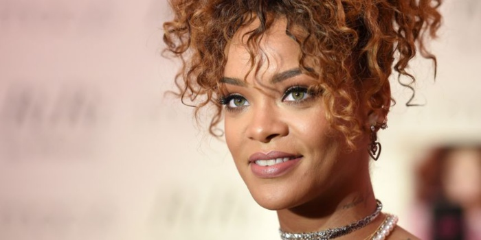 Rihanna reconnaît (enfin) qu'elle n'est pas un exemple pour la jeunesse