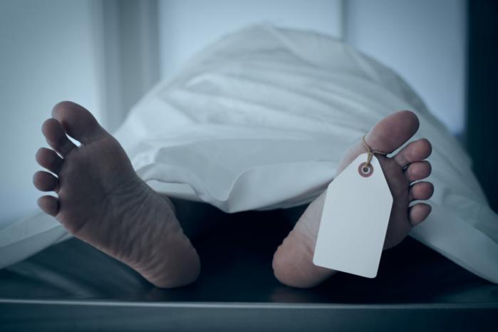 Une personne retrouvée morte devant les grilles de la RTS