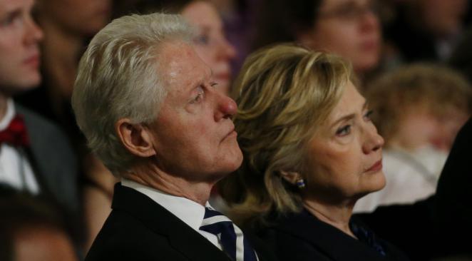 Hillary Clinton frapperait son époux Bill et terroriserait ses équipes de campagne