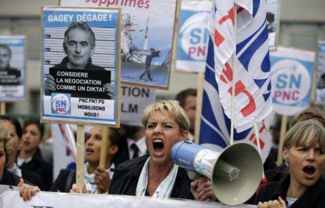 Incidents CCE d'Air France: 7 blessés dont un grave, selon la direction