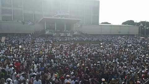 Les images du grand meeting de Cellou Dallein Diallo au Palais du Peuple de Conakry en Guinée