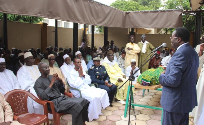 Condoléances : Macky Sall chez l'ancien médiateur Serigne Diop