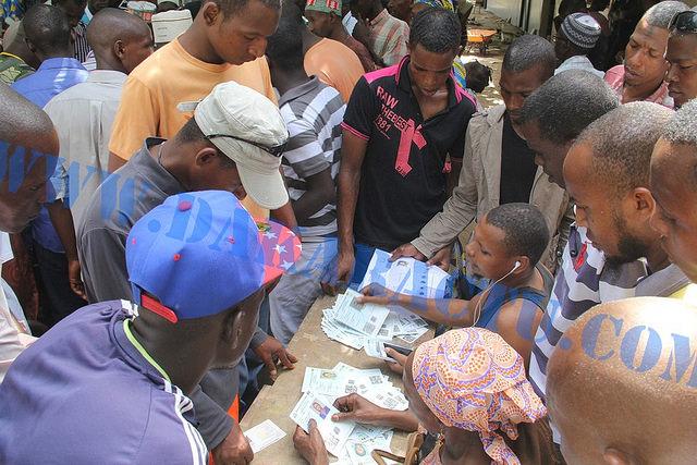 """Ibrahima Saleck Bah, directeur de campagne de l'UFDG à Dakar : """"Nous déplorons les conditions de vote (...) la CENI ne fait pas correctement son travail!"""""""