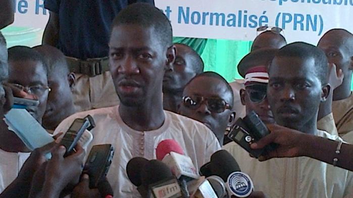TOUBA- Le ministre Abdoulaye Diouf Sarr remet du matériel de collecte et de pré-collecte des ordures
