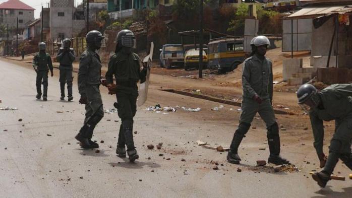 GUINÉE : Coups de feu tirés dans le dos de personnes non-armées et tabassage à mort par les forces de sécurité à Conakry (Amnesty International)