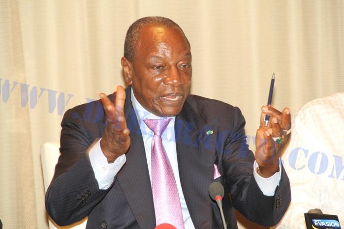 GUINÉE : Le président de la République limoge des journalistes par décret