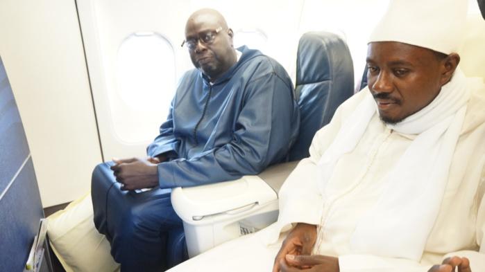 Les images du départ au Gabon de la délégation du comité d'organisation du Grand Magal dirigé par Cheikh Bass Abdou Khadr Mbacké