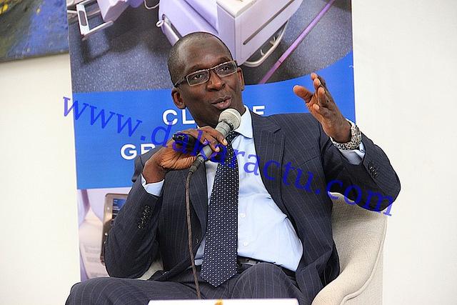 Déclaration du Ministre Abdoulaye Diouf Sarr lors du point de presse organisé ce matin sur la gestion des ordures à Dakar.