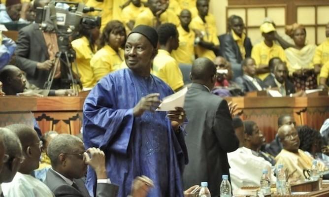 Résolution : La Fédération départementale de Dakar du PDS approuve l'exclusion de Modou Diagne Fada