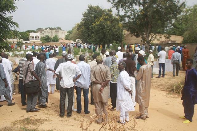 Le Pr Omar Sankharé repose pour l'éternité au cimetière Madoki de Thiès