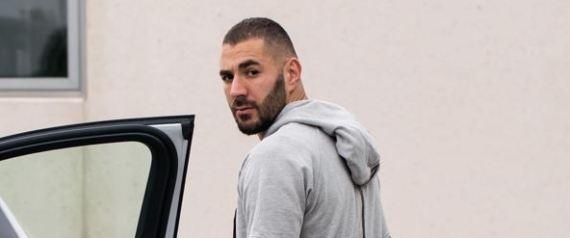 Le footballeur Karim Benzema contrôlé à Madrid à nouveau sans permis de conduire