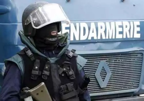 SÉCURITÉ :  La gendarmerie de Louga a saisi armes à feu et armes blanches
