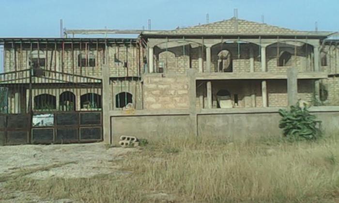 TOUBA- Cette maison de Wade que l'emprisonnement d'Aïdara Sylla avait plombé !