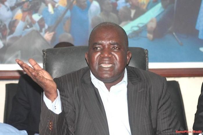 Oumar Sarr du PDS qualifie Moustapha Diakhaté de «nullard » et l'accuse d'être un «cartouchard de l'UCAD »